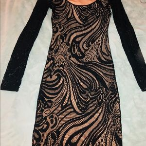 BCBGMAXAZARIA TANYA BLACK XS LACE DRESS